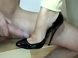 footjob and shoejob