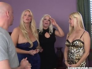 3 Blond Housewives Have Full-on Orgy!