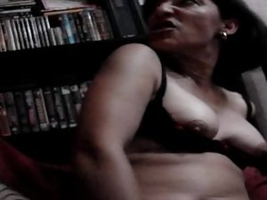 EMI PUTON-XDSW ME ARE SEEING AND I RECORDED IN VIDEO
