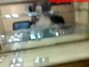 Jewelry Shop Scandal Sex Leakage
