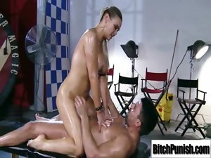 Masseur Give Enjoyment And Hadcore Sex To Bitch Attractive Client movie-18