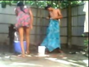Sensual indian Desi Couple Screwing While Taking Outdoor Bath