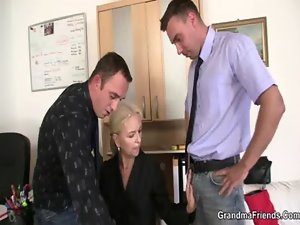 She pleases two penises at job interview