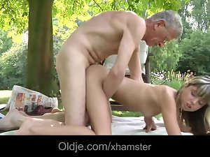Oldman screws a 18 years old and filthy babe