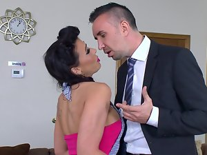 Ideal cheating wife Rachel Starr bangs two lads