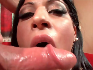 Filthy Latin vixen Diasy gets drilled absolutely wild