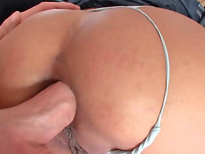Buxom mommy Maxi gets her narrow butt hole drilled rough